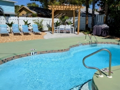 Inn_Pool_Deck